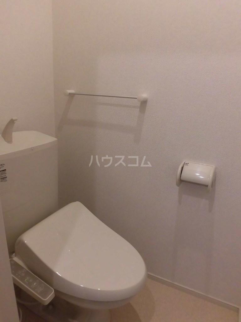 グランディール 02040号室のトイレ