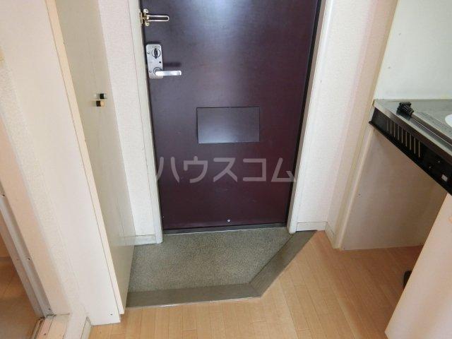 インペリアル 1-201号室の玄関