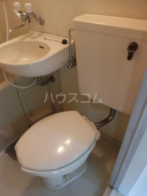 インペリアル 1-201号室のトイレ