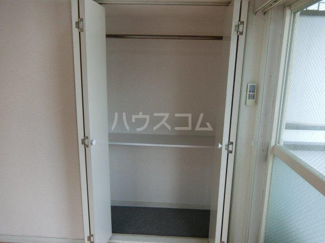 インペリアル 1-201号室の収納