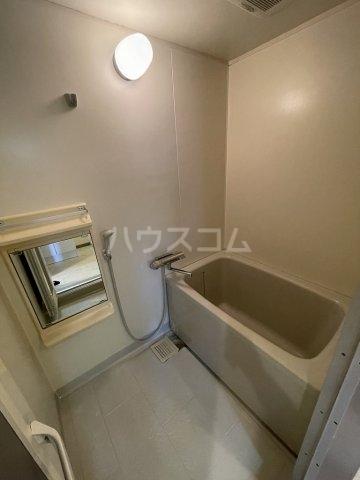 ラルジャンC館 303号室の風呂