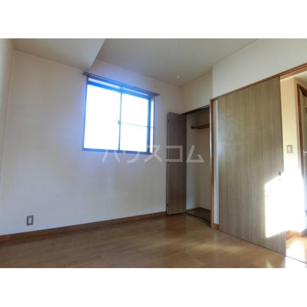 聖蹟せせらぎハイム 202号室の居室