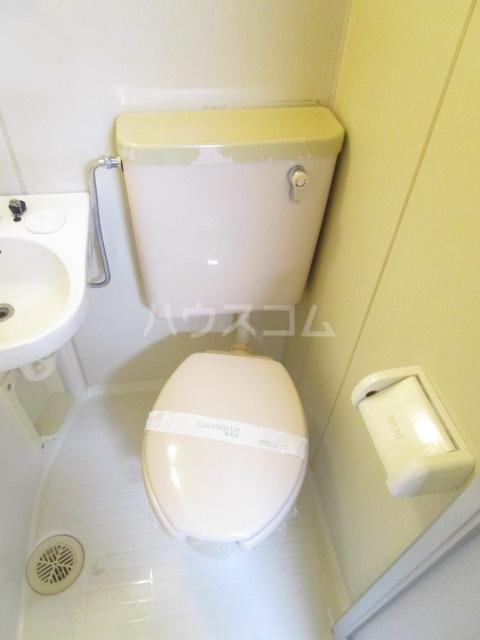 フェニックス国分寺 601号室のトイレ