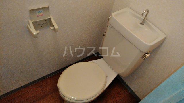 コミュニティープラザE 103号室のトイレ