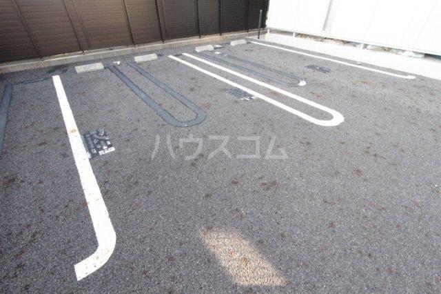 あいりす浄水 1-F号室の駐車場