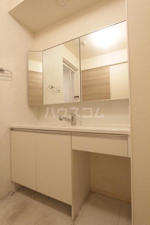 あいりす浄水 1-F号室の洗面所