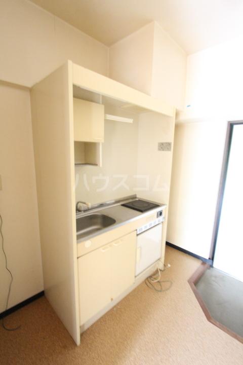 グリーンヒルズKATOH 111号室のキッチン