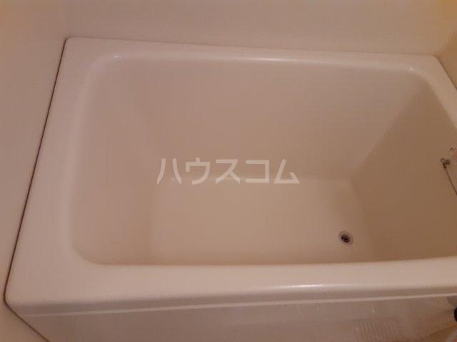 サン・セドル 201号室の風呂