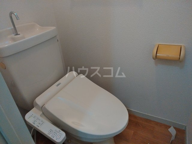 クレスト陽光台 D棟 103号室のトイレ