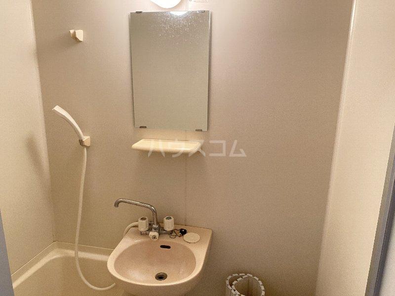サンライズ蒲田 303号室の洗面所