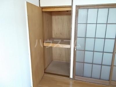 リバーサイド 02020号室の収納