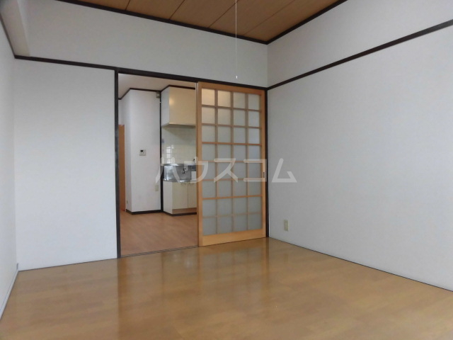 ロイヤルメゾンHAMADA 603号室のベッドルーム