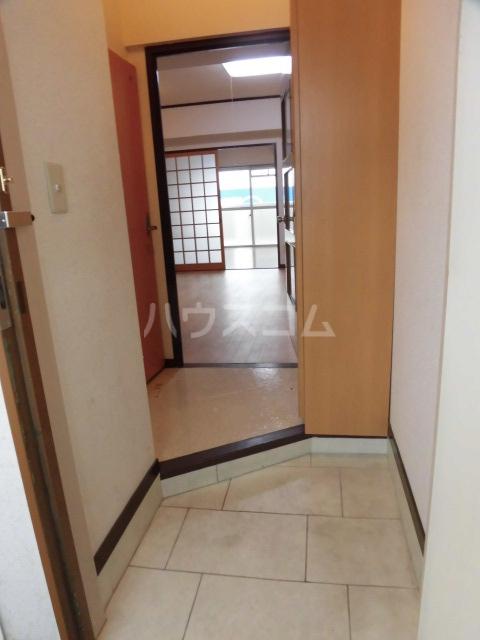 ロイヤルメゾンHAMADA 603号室の玄関