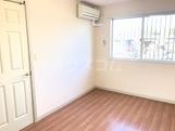 グランディール 101号室の居室