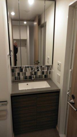ザ・パークハビオ駒込 606号室の洗面所