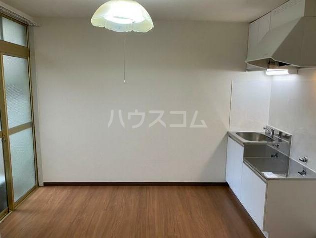 ヴィラ長崎A 105号室のキッチン