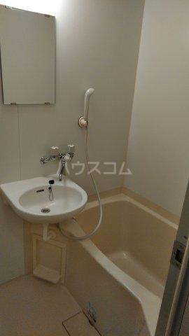 パークサイド鈴木 302号室の風呂