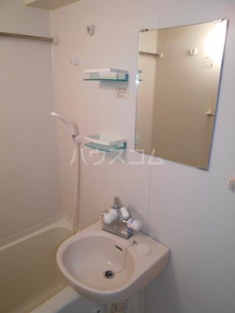 スカイコート板橋第2 403号室の洗面所