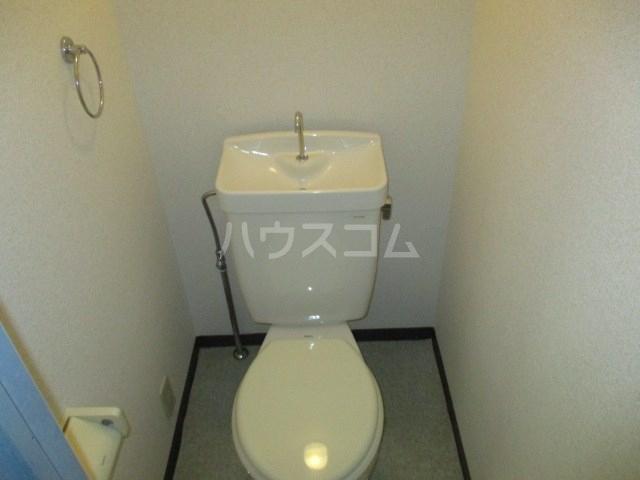T-SQUARE 111号室のトイレ