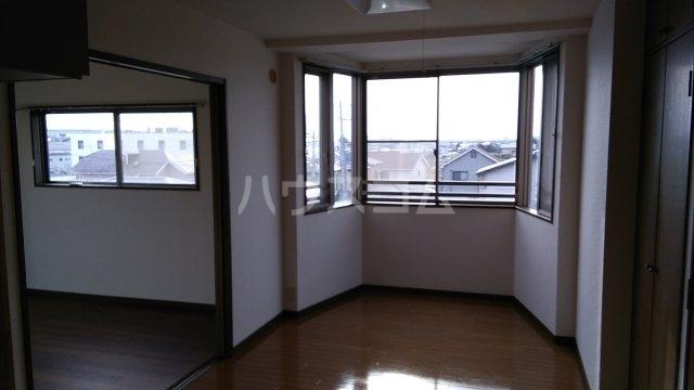 パストラル湘南 301号室のリビング