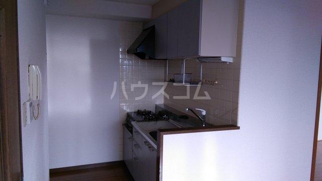 パストラル湘南 301号室のキッチン