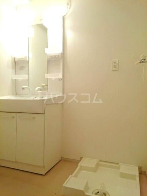 フェアルージュMK 01010号室の洗面所