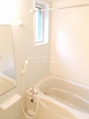 フェアルージュMK 01010号室の風呂