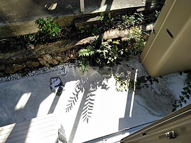 クレーンイーストヒルズ 101号室の庭