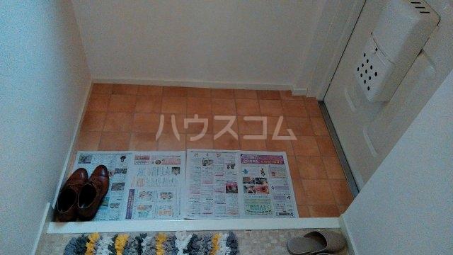 嵯峨野ロイヤルハイツ 405号室の玄関
