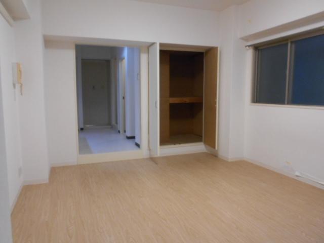 CORE-Ⅰ 401号室のリビング
