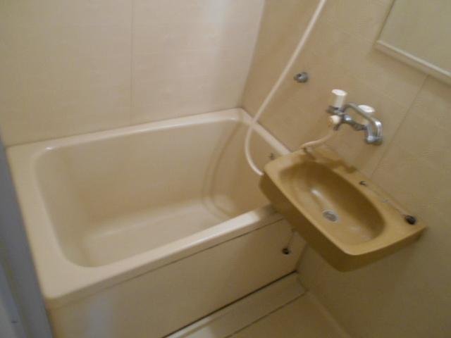 CORE-Ⅰ 401号室の風呂