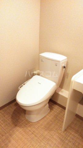 嵐山グランツガルテン 104号室の洗面所