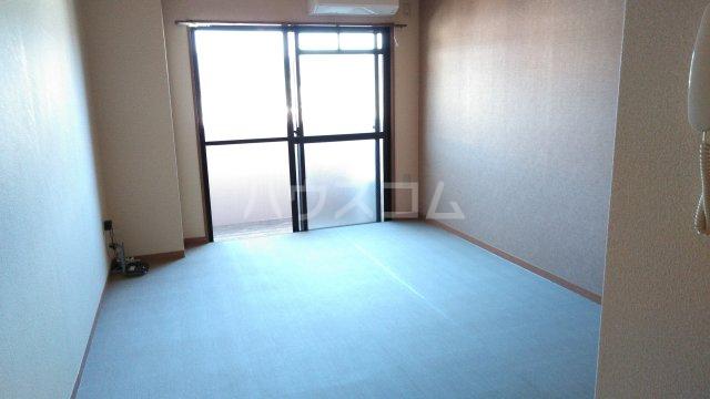 嵐山グランツガルテン 302号室のキッチン