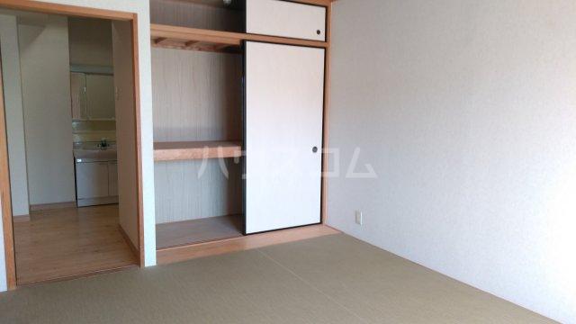 嵐山グランツガルテン 304号室の玄関
