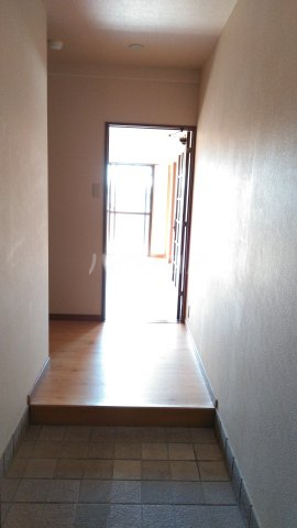 嵐山グランツガルテン 304号室のリビング