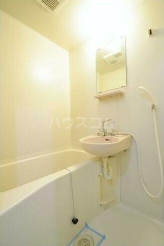 エステートピアマルイⅠ 201号室の風呂