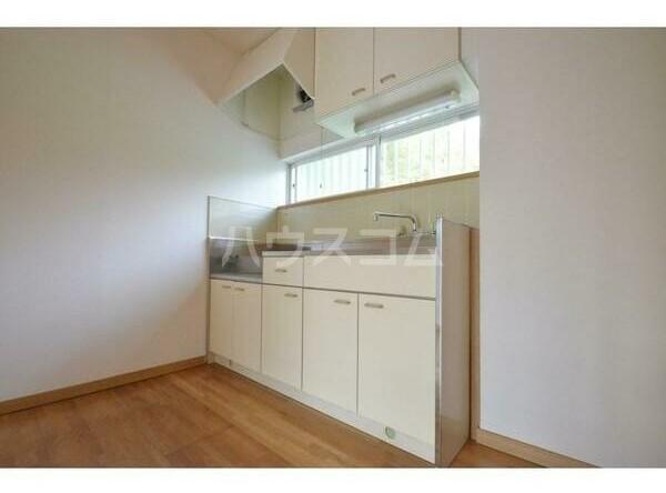 エステートピアマルイⅠ 201号室のキッチン
