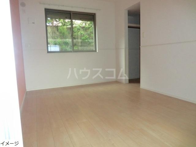 エテルノ貝塚B 01030号室の収納