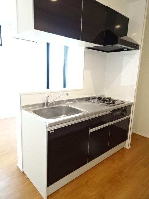 プルミエール山之手 301号室のキッチン