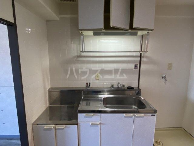 レッドモア 803号室のキッチン