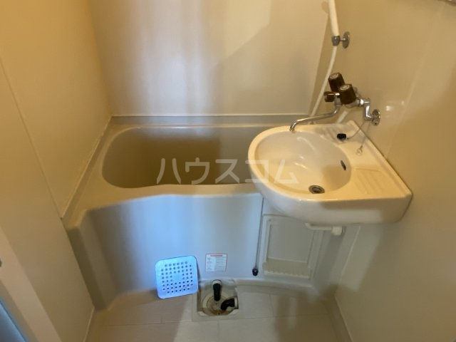 レッドモア 803号室の風呂