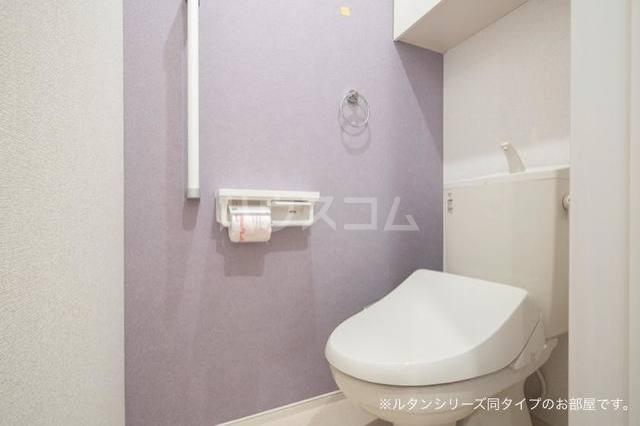 ガーデンハウス 梅の里 A 01020号室のトイレ