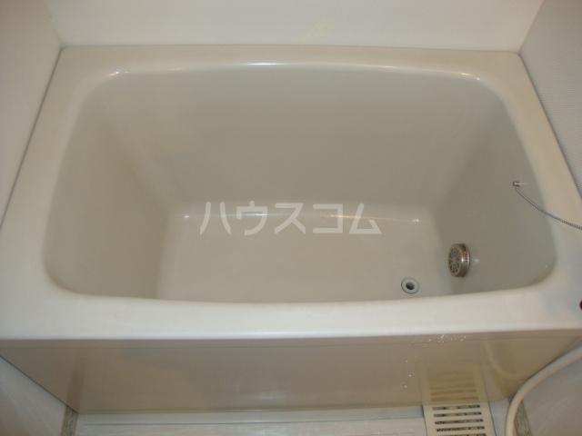 ヴァンベール文ヶ岡Ⅱ 202号室の風呂