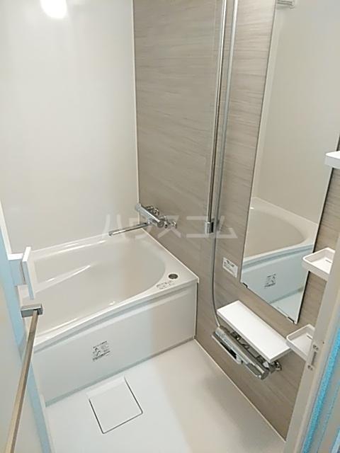 レジディア目白 319号室の風呂