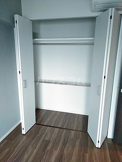 レジディア目白 704号室の収納