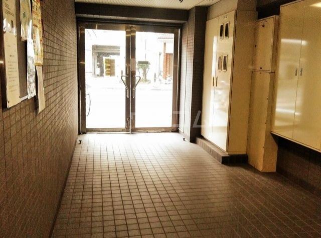 木曽屋第3ビル 702号室のエントランス