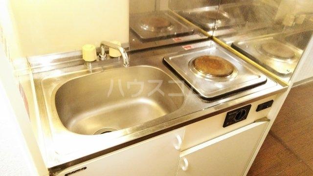 木曽屋第3ビル 702号室のキッチン
