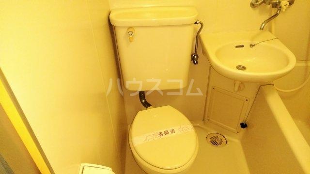 木曽屋第3ビル 702号室のトイレ