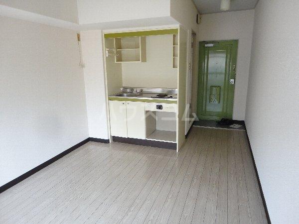 サンウイング桂 210号室のベッドルーム