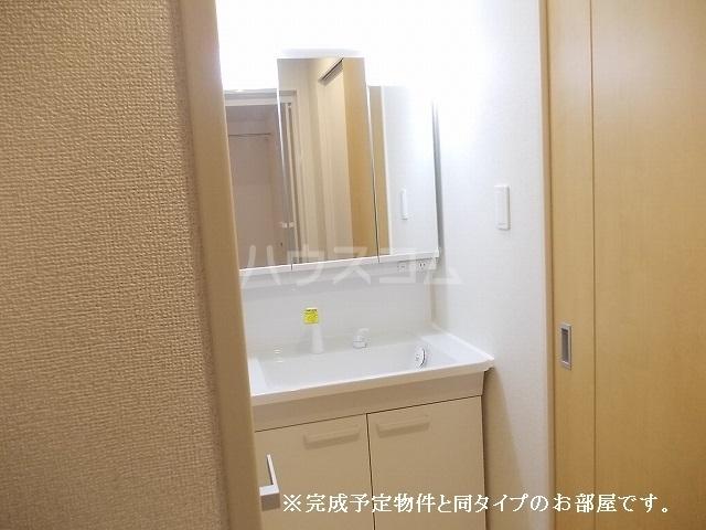 アバンツァート 01020号室の洗面所